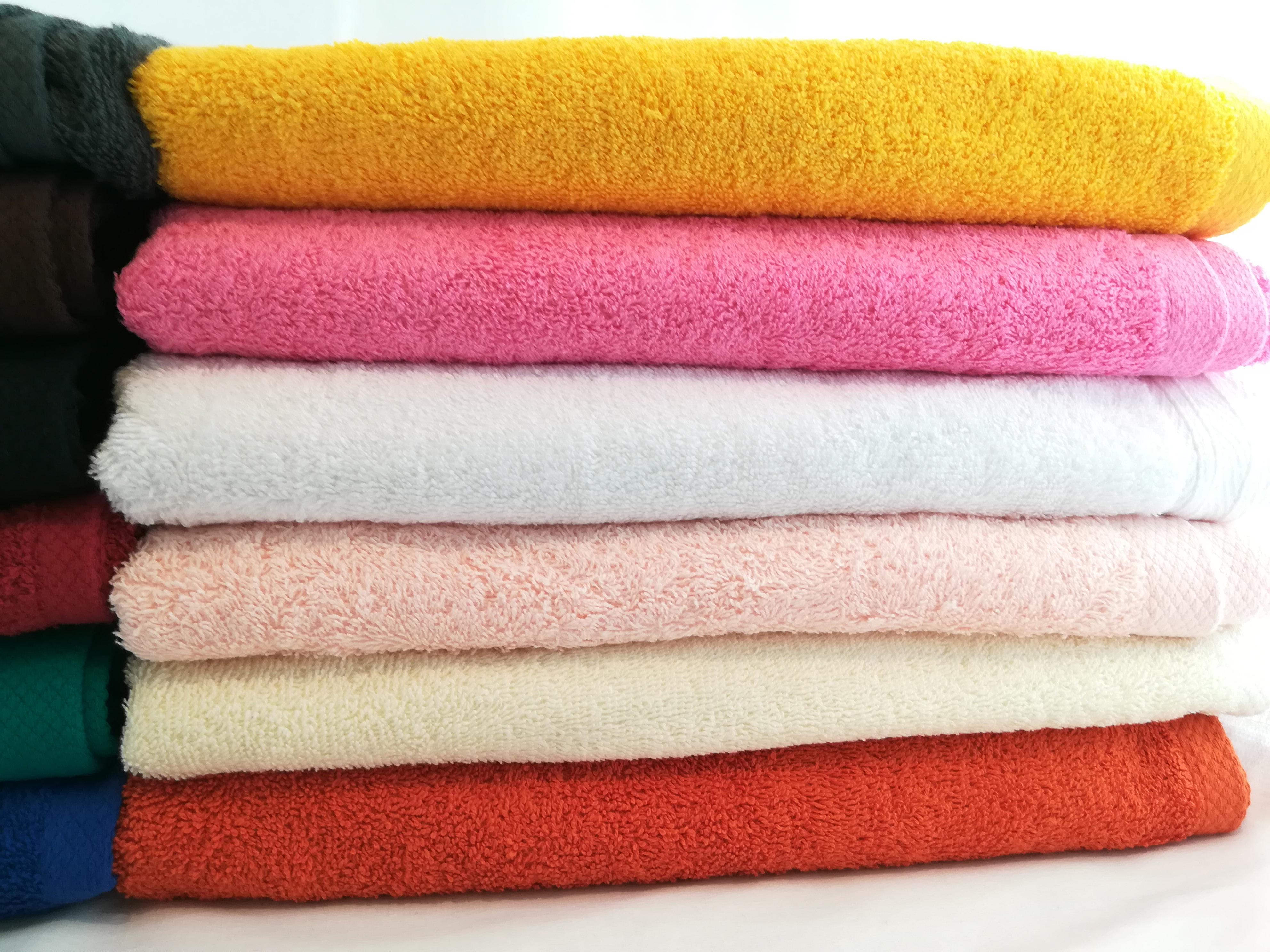 Giovanni Dolcinotti Bath Collection 100/% algod/ón fabricado en Italia Juego de toallas de ba/ño de rizo arena, 2